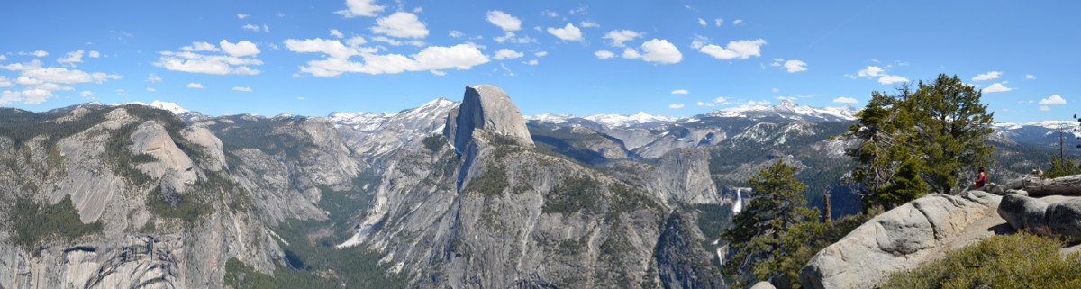 Yosemite Panorama vom Glacier Point mit Half Dome und Nevada Falls